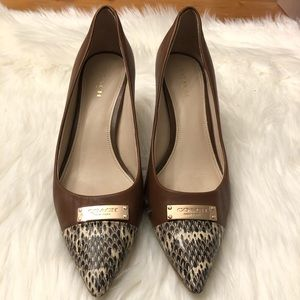 Coach Logo Brown Leather Snakeskin Pumps 8B